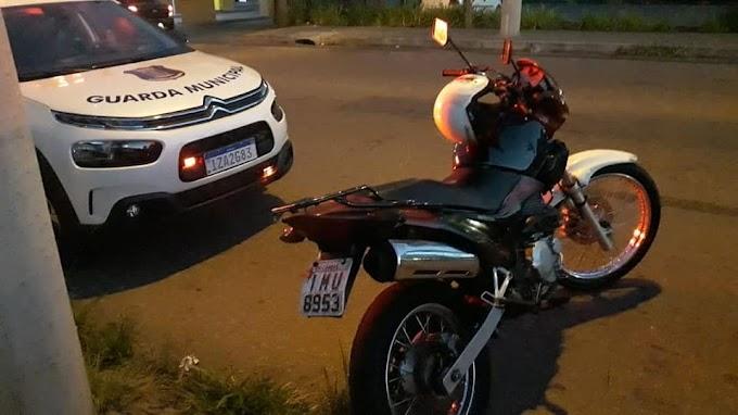 CACHOEIRINHA | Cercamento eletrônico detectou e Guarda Municipal recupera moto roubada
