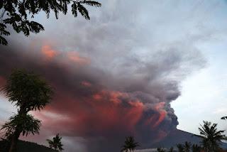 Conform BNPB, Erupția vulcanului Agung s-a produs la 26 noiembrie 2017
