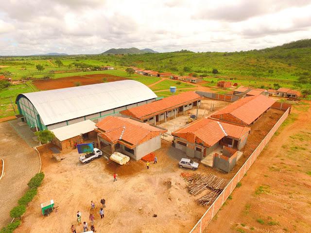 Prefeitura de Piranhas retoma obras da Creche do Piau; unidade irá beneficiar 260 crianças