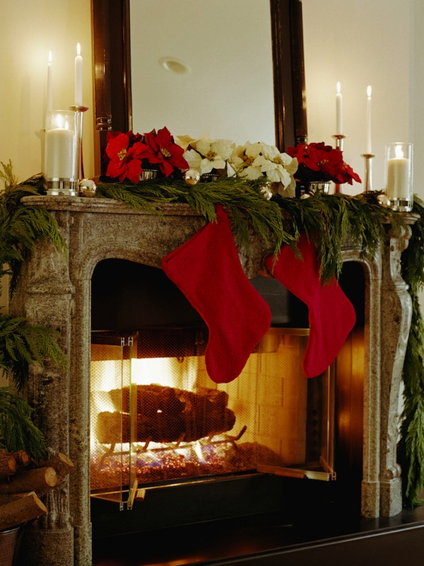Fireplace red socks Mantel Home Decoration Idea in Christmas Festival