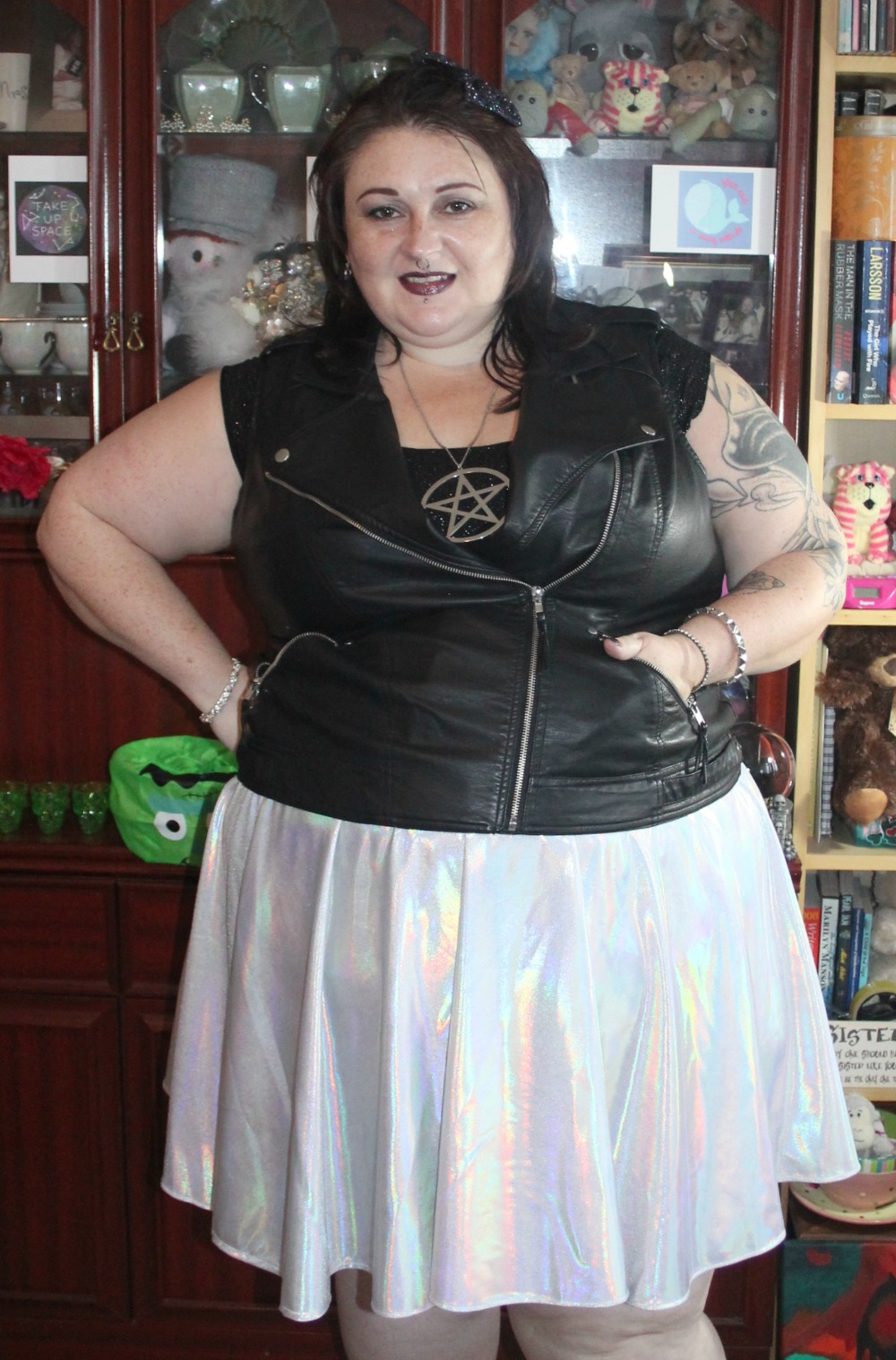 PLUS SIZE HOLOGRAPHIC SKIRT FROM INTERROBANG UK ETSY SELLER ALTERNATIVE FASHION