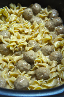 Crock Pot Swedish Meatballs: Savory Sweet and Satisfying