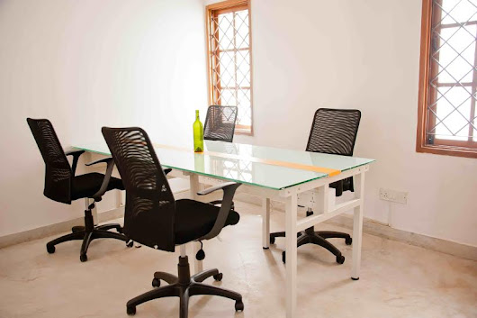 Co- Working Spaces a Boon For Early Startups?