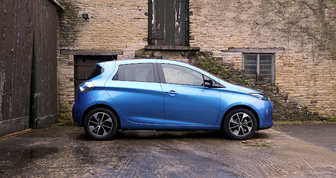 Renault Zoe 40 side view