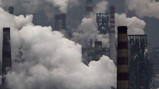 gambar pencemaran udara karena asap pabrik