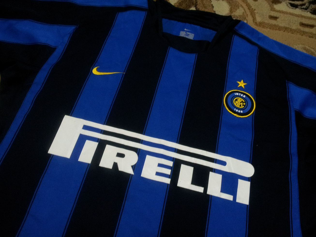 official photos e0d87 aed37 The Good Old Things: 2003 - 2004 INTER MILAN home football ...