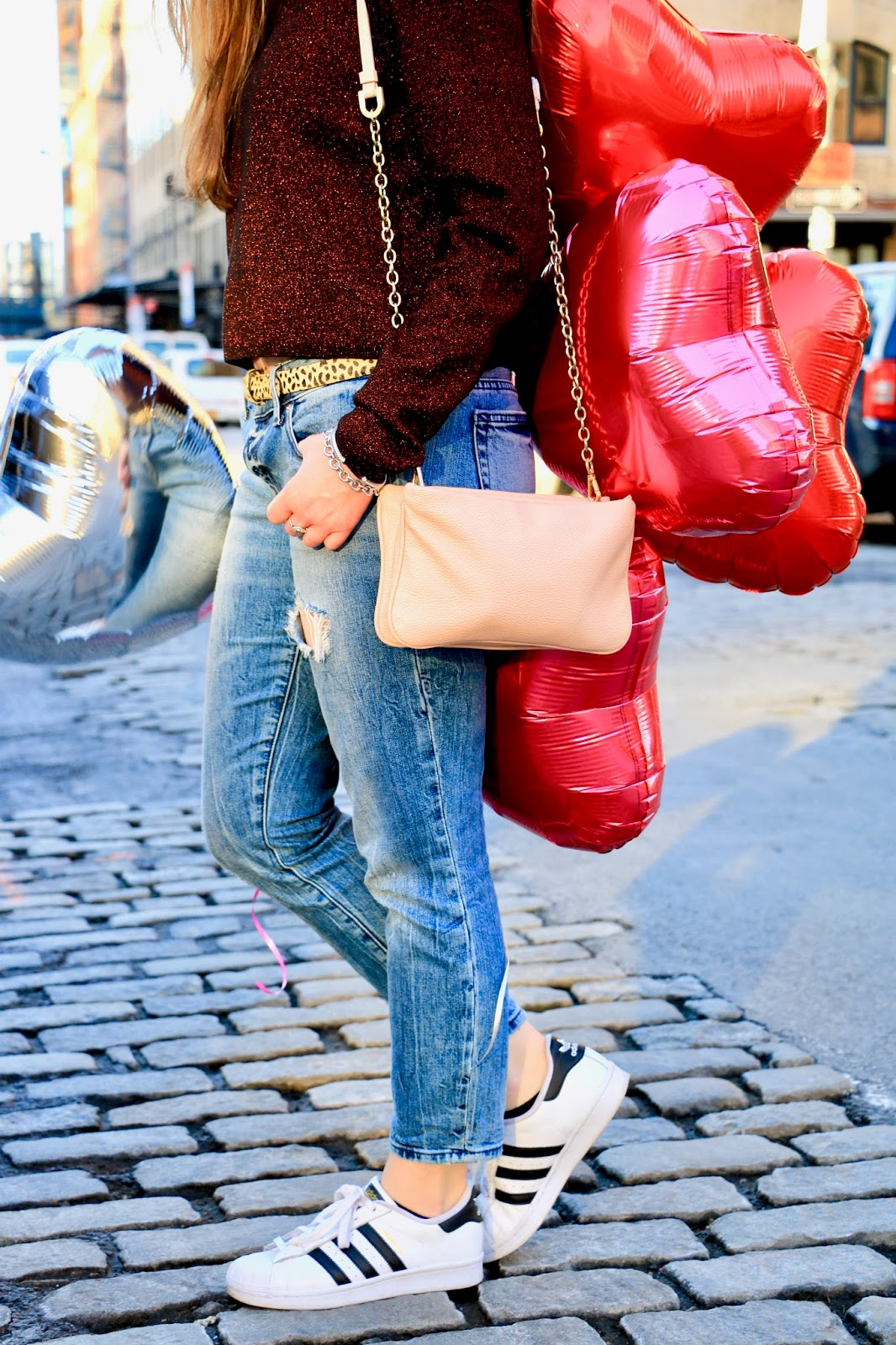 boyfriend jeans date night