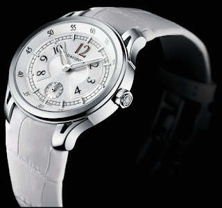 Davidoff Very Zino Lady, Ref. No.10011: Silvered dial, white alligator strap, butterfly buckle