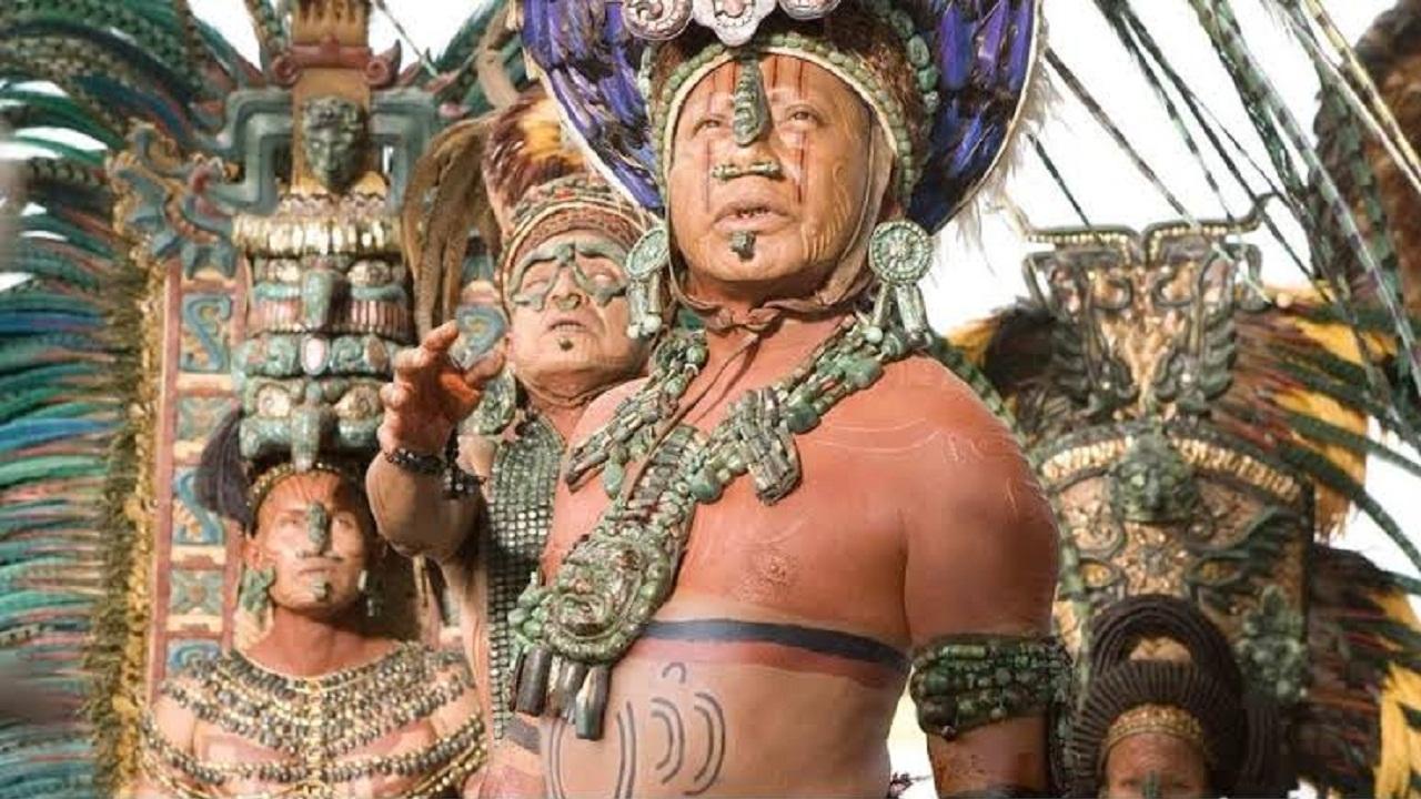 10 Suku Dengan Ritual Paling Sadis di Dunia