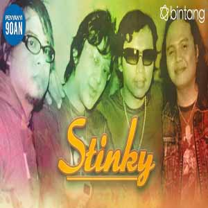 Download MP3 STINKY - Aku Atau Dia