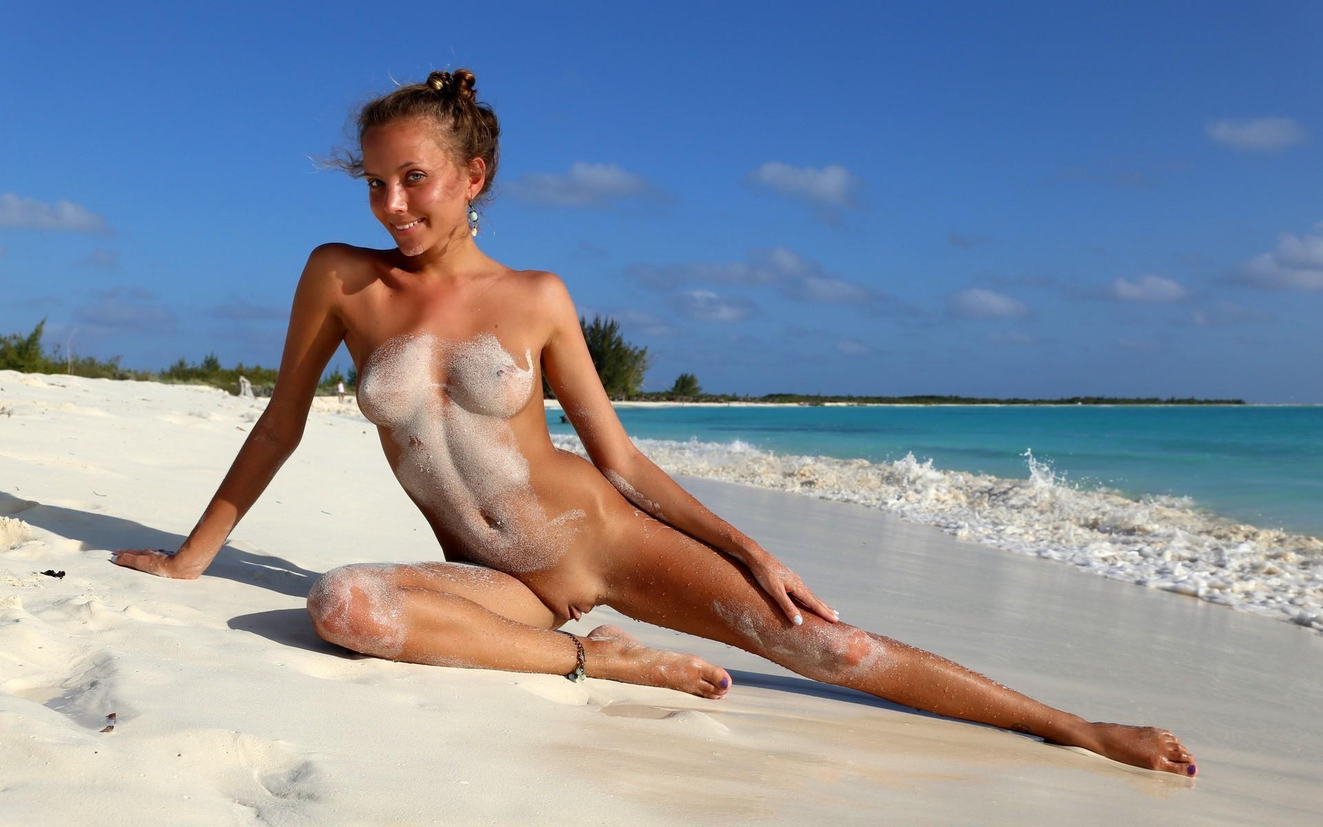 Caribbean girls get naked, girls that do