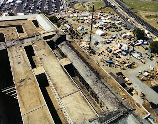 9-11 Pentagon Overhead 2 conjugando adjetivos