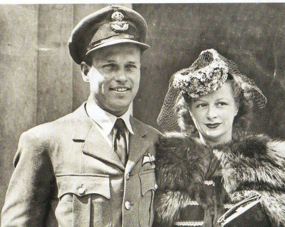 23 November 1940 worldwartwo.filminspector.com Wing Commander Guy Gibson and wife