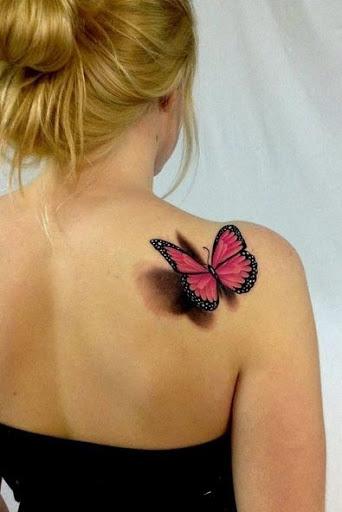 Cor-de-rosa e a borboleta 3D tatuagens para mulheres bonitas no ombro, o seu olhar impressionante