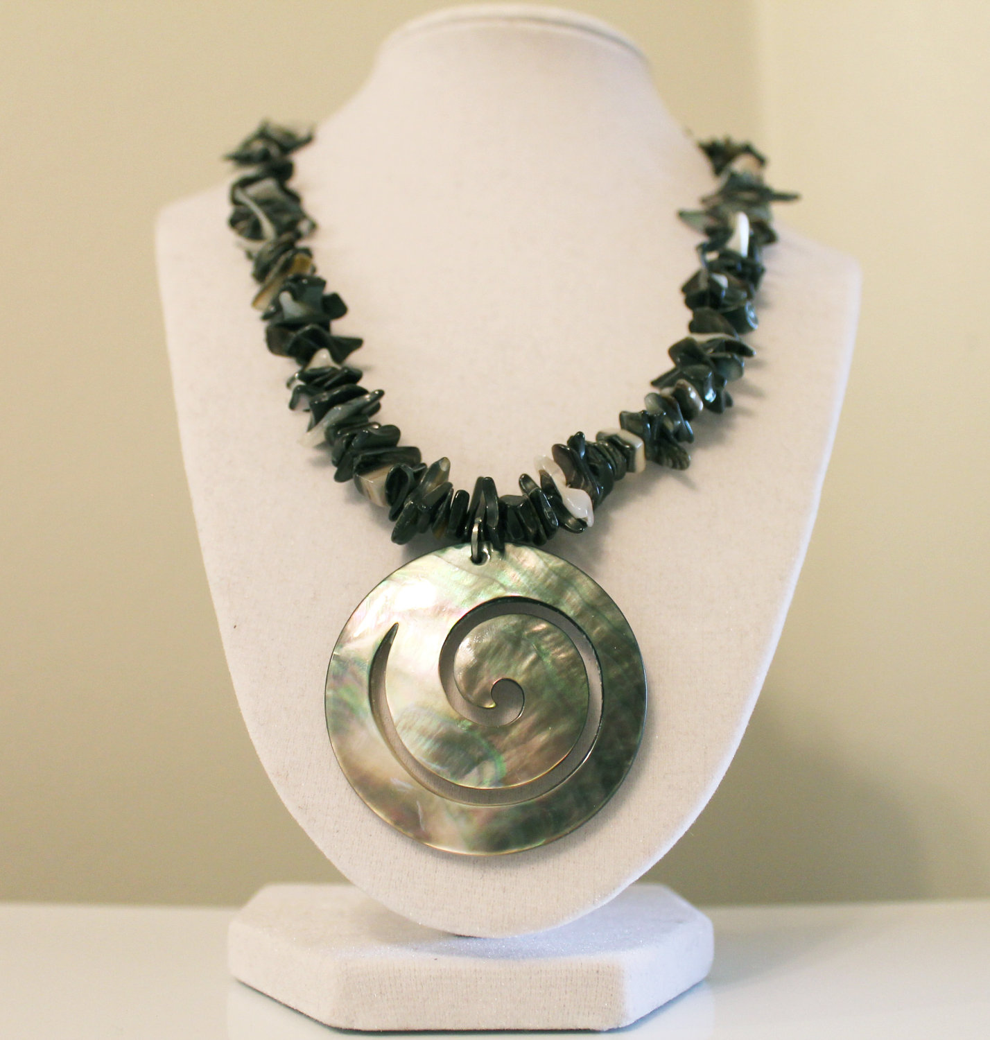 Moons Jewelry Shell Necklace Silver Necklace Black