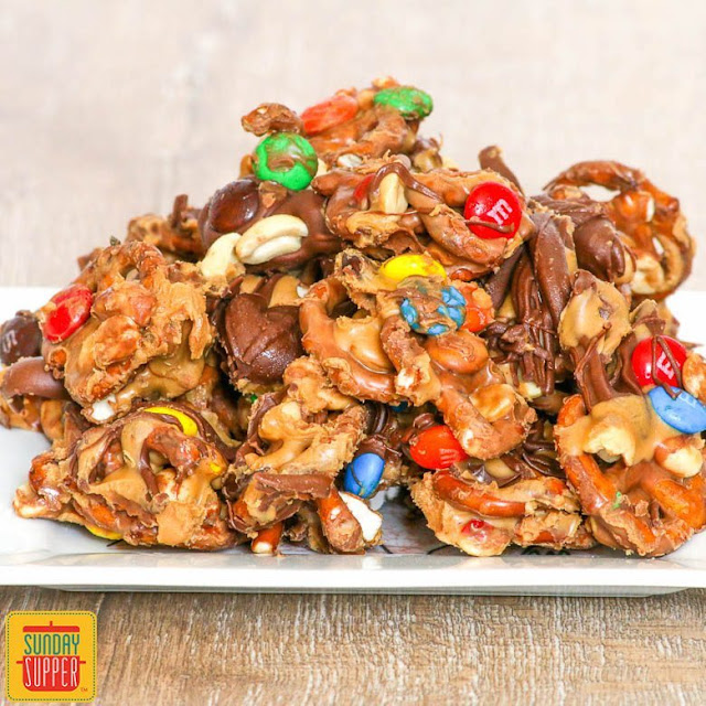Quick Chocolate Peanut Butter Pretzel Mix