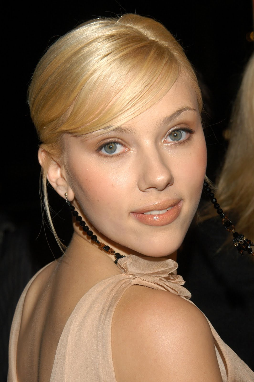 Scarlett Young