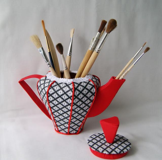 текстильный чайник, чайник из ткани, шкатулка текстильная, чайный домик, шкатулка для мелочей, кухонный декор, украшение на кухню, шкатулка в стиле Сальвадор Дали, чайник-шкатулка, шкатулка из ткани,кухонный декор