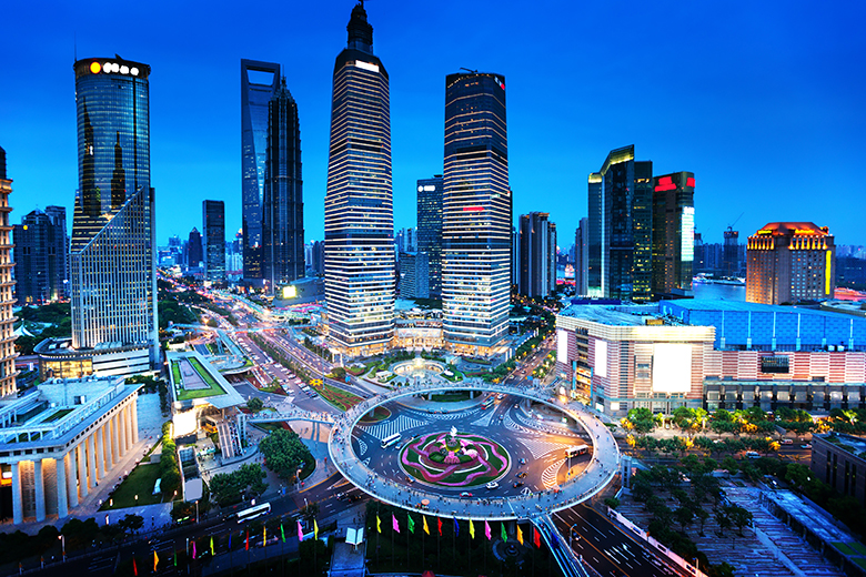 Tourism Observer: CHINA: Shanghai Heaven For The Rich, Hell