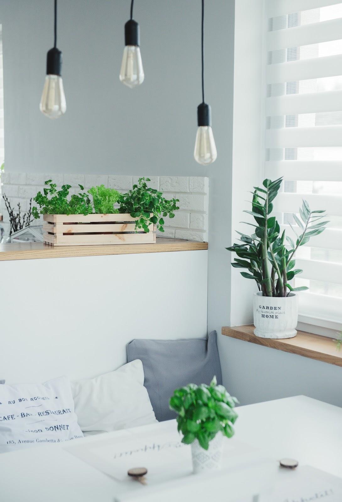 DREWNIANA LAMPA W STYLU LOFT DO SALONU - DIY