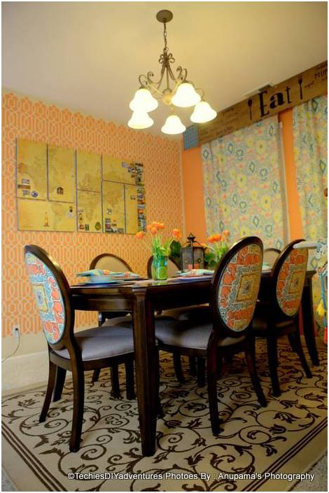 Aqua and Orange Dining Room