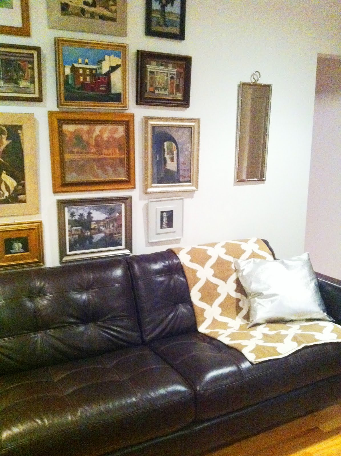 COCOCOZY: March 2011 - Decorating With Tan Leather Sofa