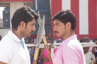 Priya Anand wearing Saree Low Rise Saree Dangerously low rise saree in Tamil Movie Muthuramalingam