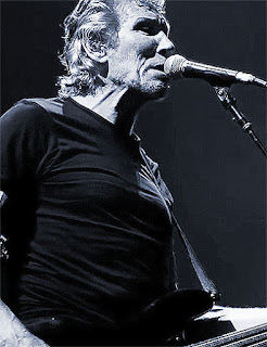 Roger Waters canta the wall in tournee