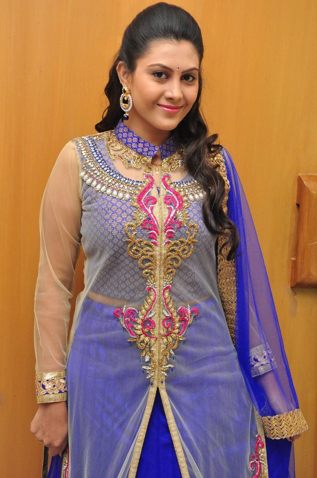 Telugu TV Actress Priyanka Photo Shoot In Blue Dress