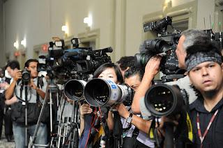 المصورين الصحفيين الفرنسيين على طريق الحرب للدفاع عن حقوقهم
