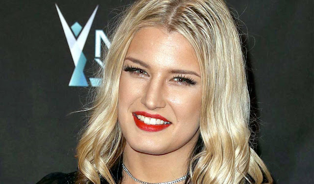 Toni Storm, a WWE star, deletes social media accounts after private photos leaked