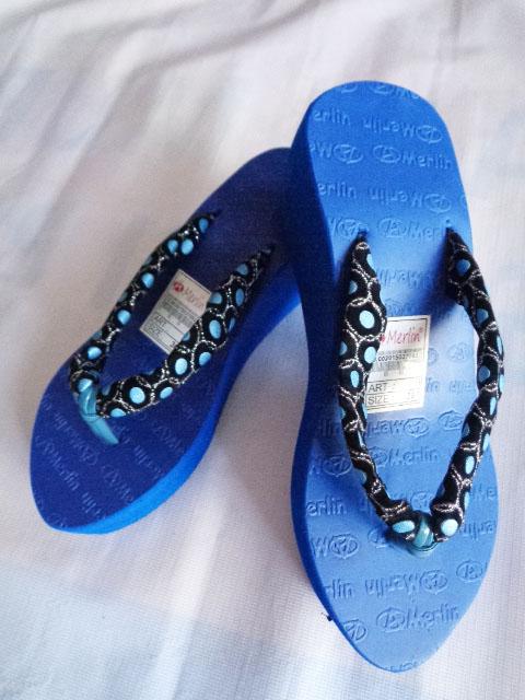 Sandal Merlin ASLI Spon Tebal-kain biru murah
