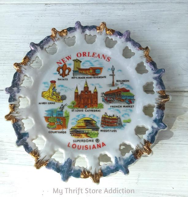 vintage Louisiana state souvenir plate