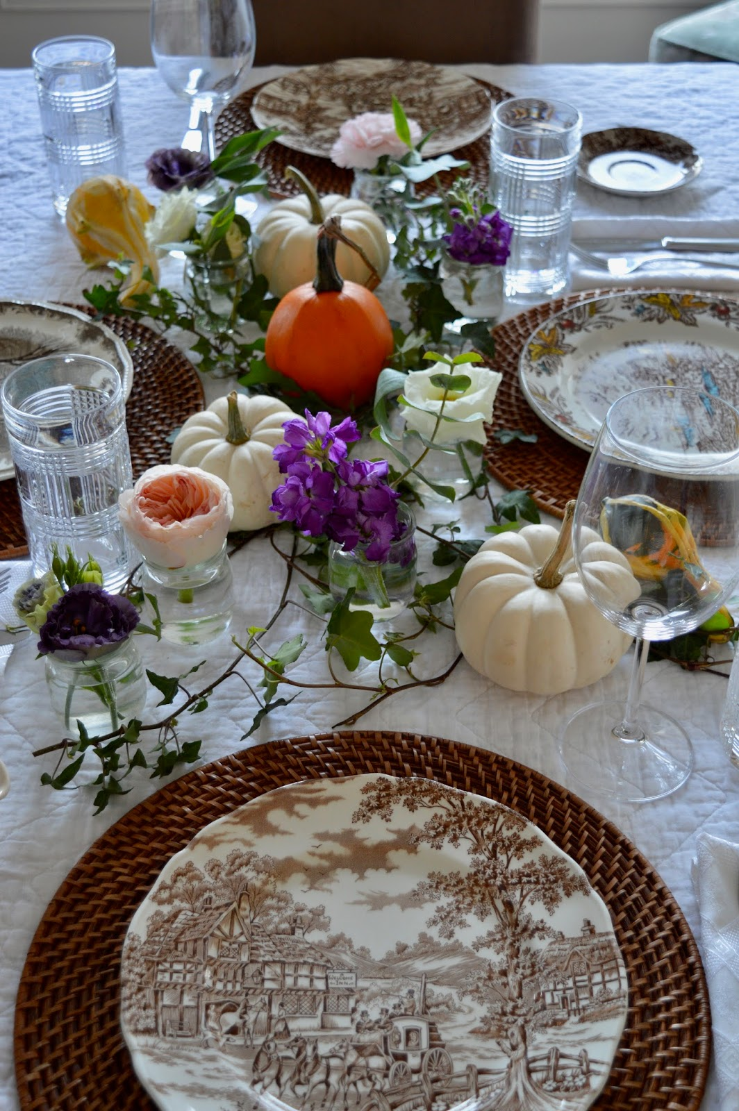 Canadian Thanksgiving Tablescape