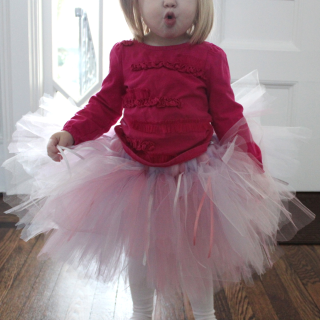 Tutus Tutu: Rachael Rabbit: Tutu Tutorial (Part 1): No Sew Tulle Tutu
