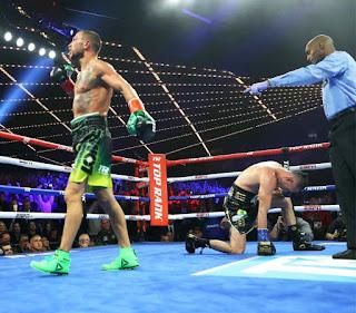 BOXEO - Vasiliy Lomachenko bate a José Pedraza y unifica los títulos mundiales ligeros de WBA y WBO