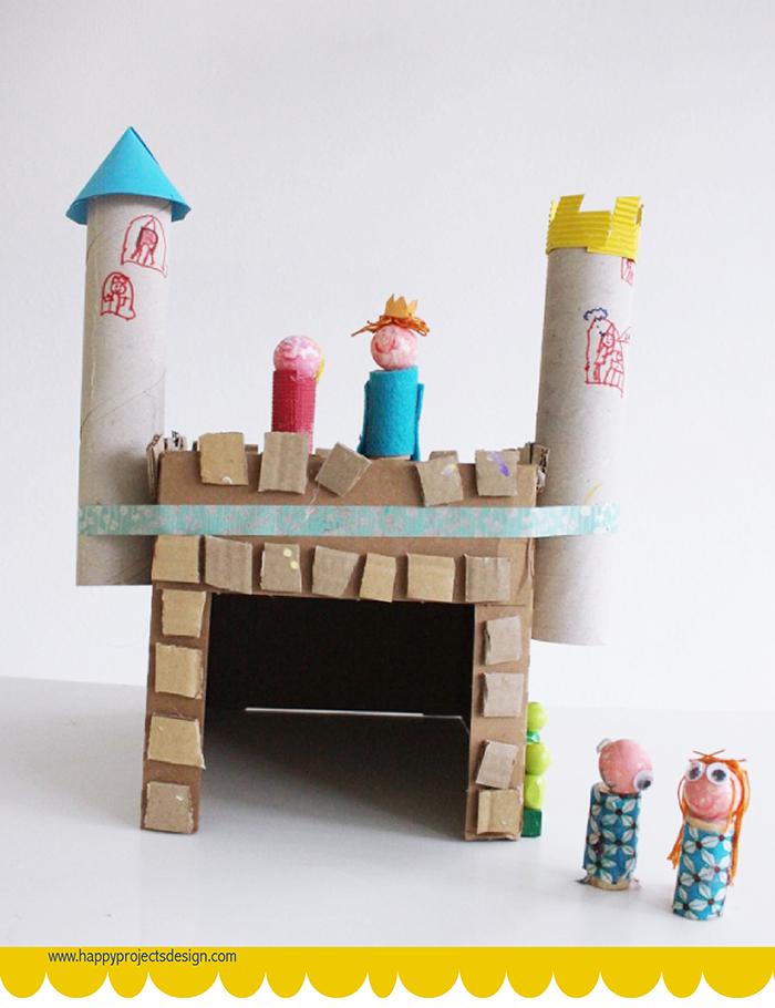 Muñecas y castillo DIY