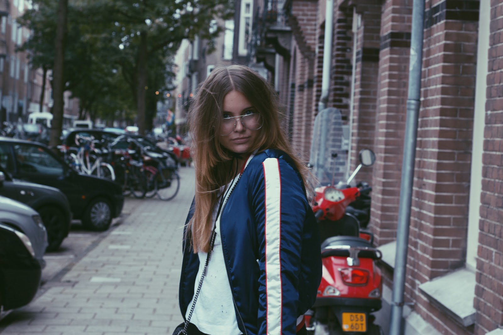 blogger, blog, dominique, candido, fashion, mode, loavies, vans, sneakers, obsession, isabelli, zadig et voltaire, asos, jeans, jacket, glasses, outfit, post, mode