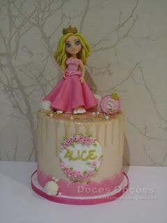 Bolo para o 5º aniversário da Alice