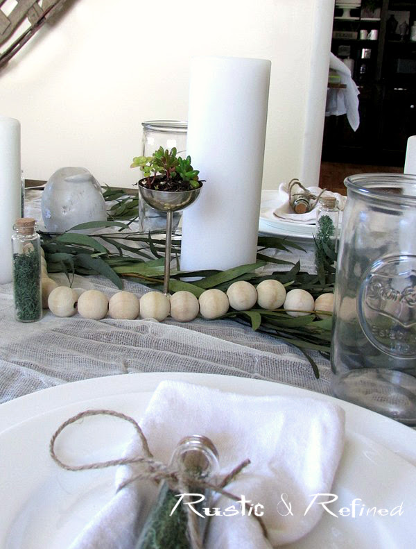 How to set a neutral tablescape for entertaining