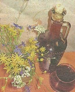 Необходимые продукты и рецепт приготовления на дому ликера Клубничный