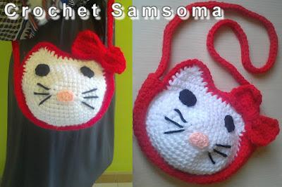 """طريقة كروشيه حقيبة هيلو كيتي . كروشيه حقيبة هيلو كيتي. Crochet """"Hello Kitty"""".  طريقة عمل كروشيه حقيبة هالو كيتي   . Crochet Hello Kitty  . كروشيه حقائب اطفال. How to crochet a backpack hello kitty . عمل شنطة هاللو كيتى/hello kitty بالكروشية. how to crochet hello kitty bag .   كروشيه محفظة اطفال .  تعليم الكروشيه للمبتدئين بالفيديو/ كروشيه . تعليم الكروشيه للمبتدئين .بالفيديو تعلم الكروشيه. دروس لتعليم الكروشيه للمبتدئات crochet samsoma.  crochet."""