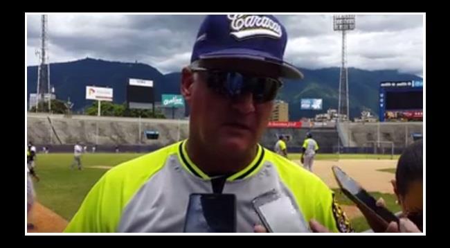 Alfredo Pedrique dijo presente y esto converso con los periodistas #video