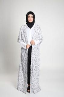 Koleksi Busana Muslim Jenahara Nasution Terbaik Minggu Ini