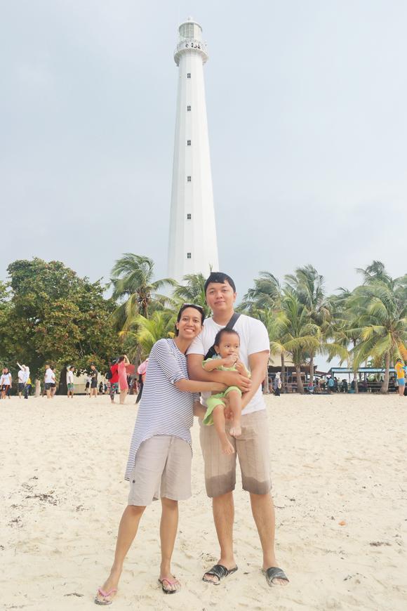 liburan keluarga ke pulau lengkuas