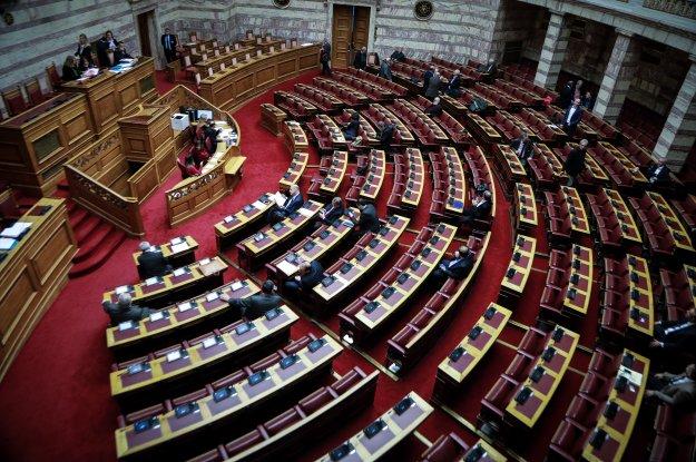 Η κυβέρνηση αποδέχεται την καταστρατήγηση της Συμφωνίας