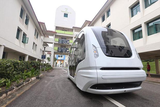 A demonstration of the fully automated Group Rapid Transit, which will operate a minibus service route connecting halls of residences with the main academic areas at the Nanyang Technological University in Singapore.