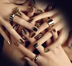 44 - Spectacular Nail Artwork