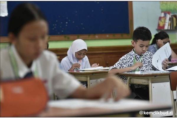 Jurnal Harian Kelas 3 SD Kurikulum 2013 Revisi 2018