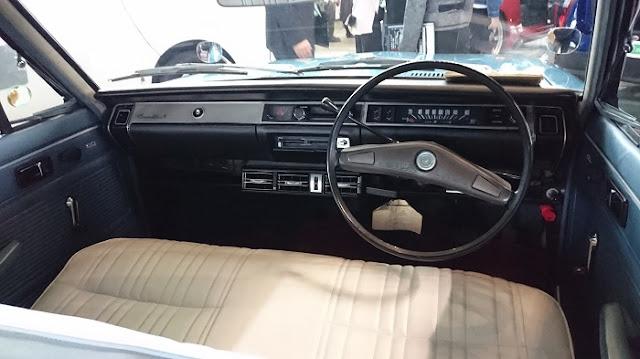 CORONA MARK‐Ⅱの車内の写真